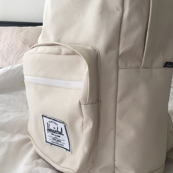 91bfa80fd4 Herschel Supply Company Handbags - Herschel Supply POP Quiz backpack in Off  White